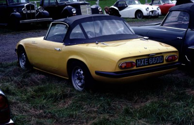 Franks Yellow Elan S2 in UK 1 reduced.jpg and