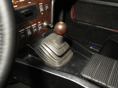 MT75 Five Spead Shift Boot 1.jpg and