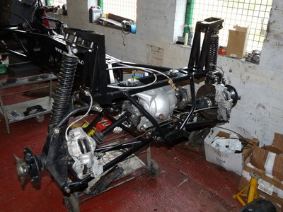 Chassis build 4.jpg and