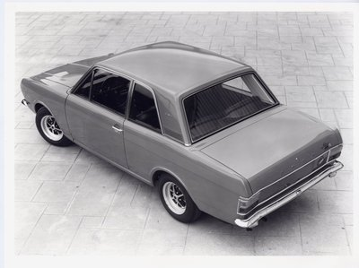 zCortina1600e2door1.jpg and