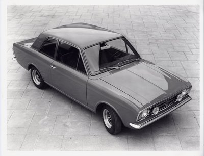 zCortina1600e2door.jpg and