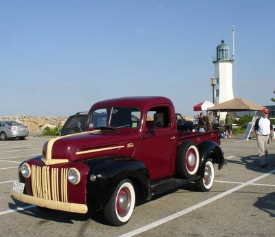 ford pickup and lighthouse.JPG and