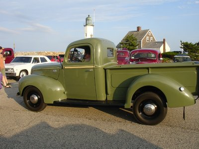 green ford pickup.JPG and
