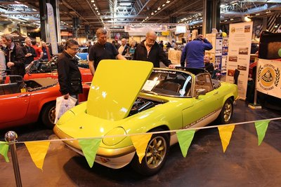 ClassicCarShow_NEC2012_033sm.jpg and