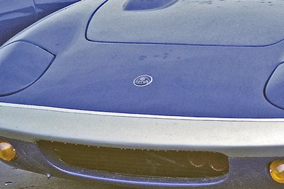 196904-21Ptw S4 FHC Elan front showing badge.jpg and