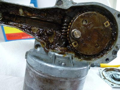 wiper motor internals 001.jpg and