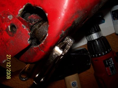 screw remains removal.jpg and