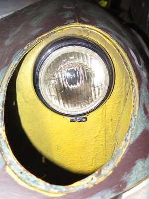 s2-headlight.jpg and